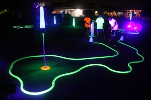 louisville night golf putting
