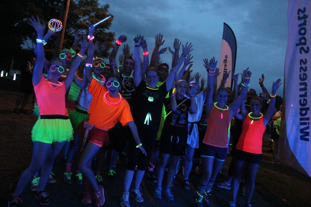 neon fun runs photos