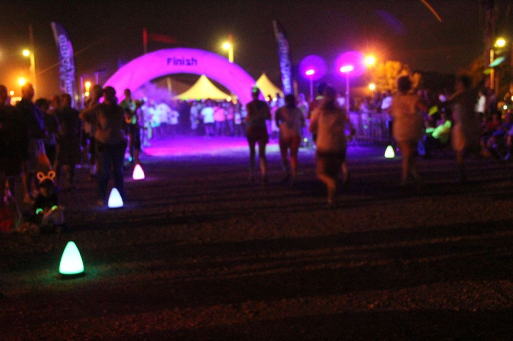 glow runs finish line